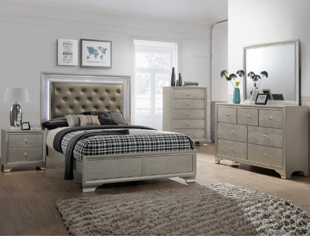 4300 Hb Fb Rails Dresser Mirror Chest With Free Night Stand Queen 969 99 King 1 089